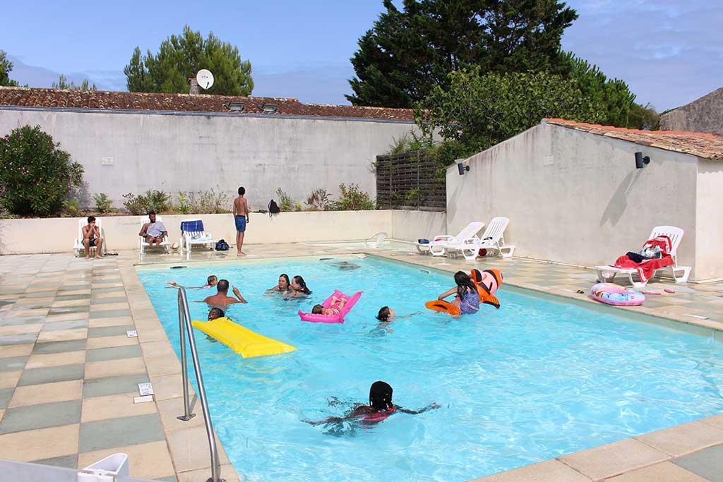 Camping les Coquettes piscine