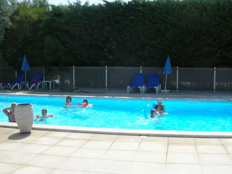 Camping les Cupressus la Cotinière la piscine
