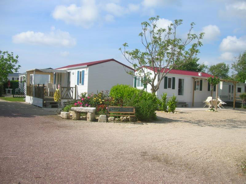 Camping les Cupressus location mobil-homes