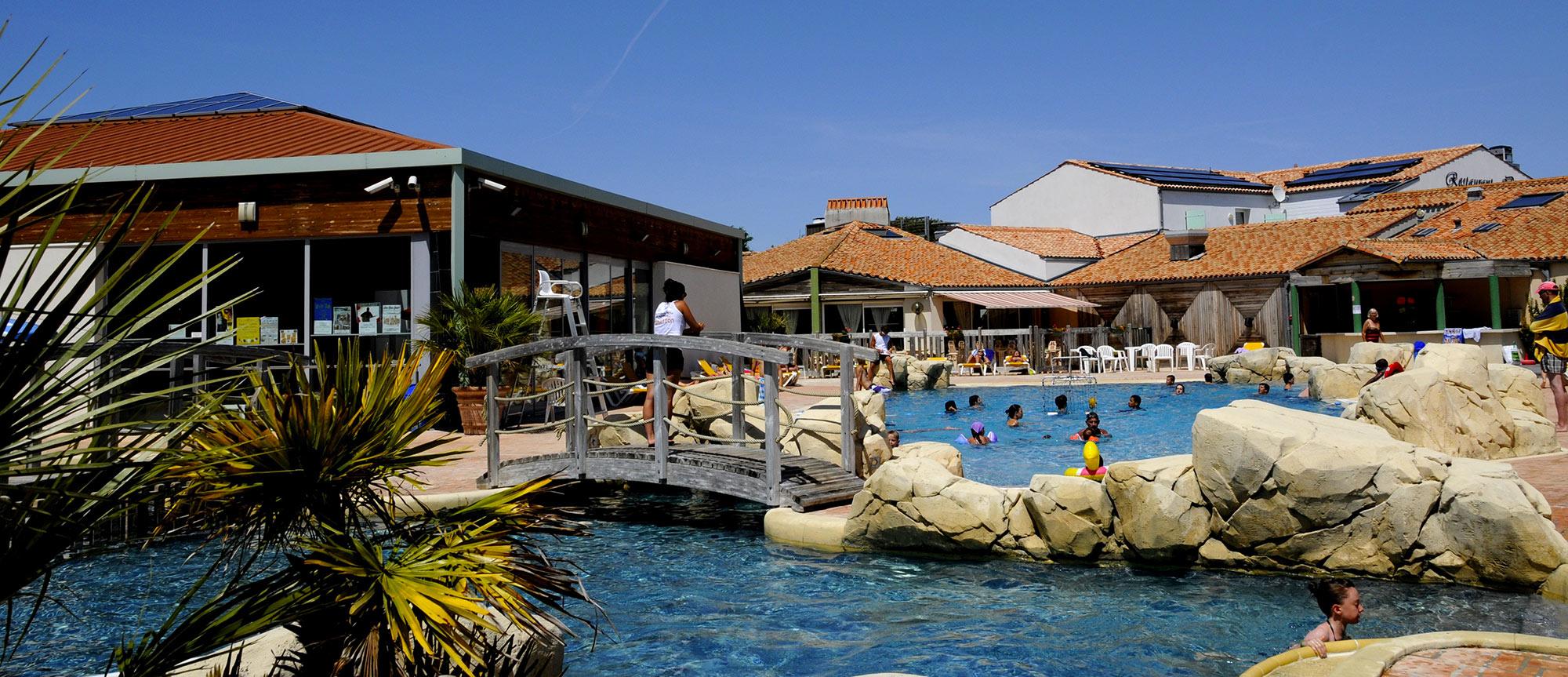camping les Gros Joncs piscine