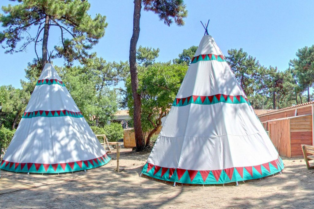 Camping les Pins le Gd Village Plage Oléron tepee