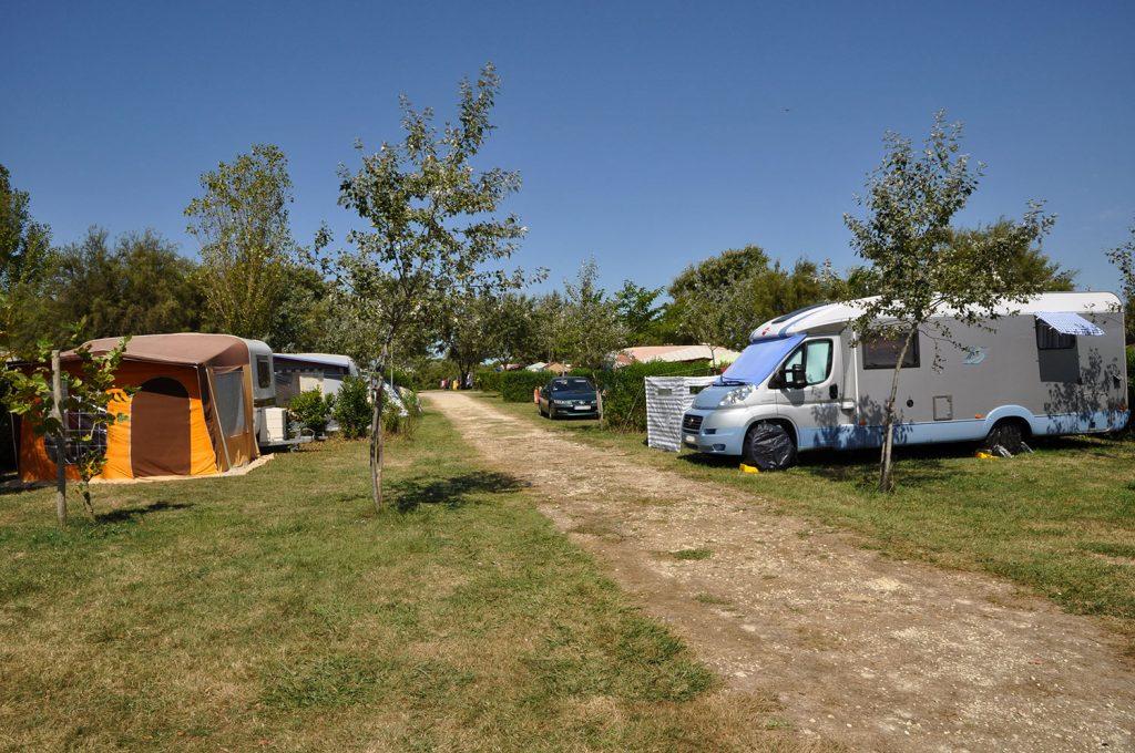 Camping l'Océan, emplacement camping car