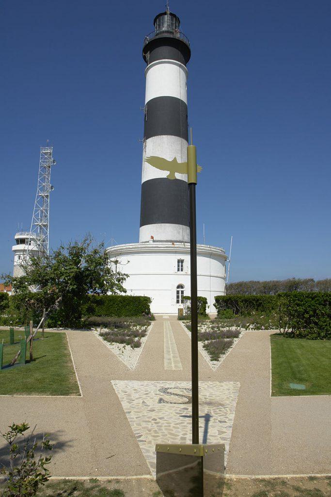 Le phare de Chassiron et le jardin, île d'Oléron