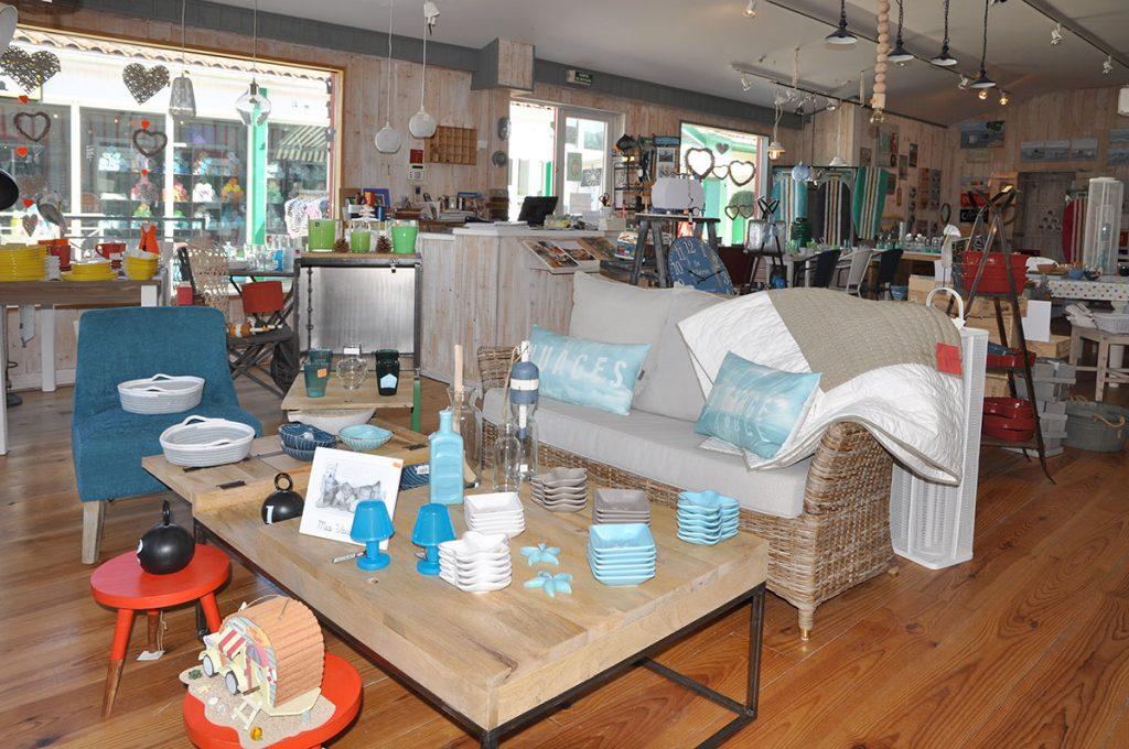 Brin d'Ile, art de la table, meubles