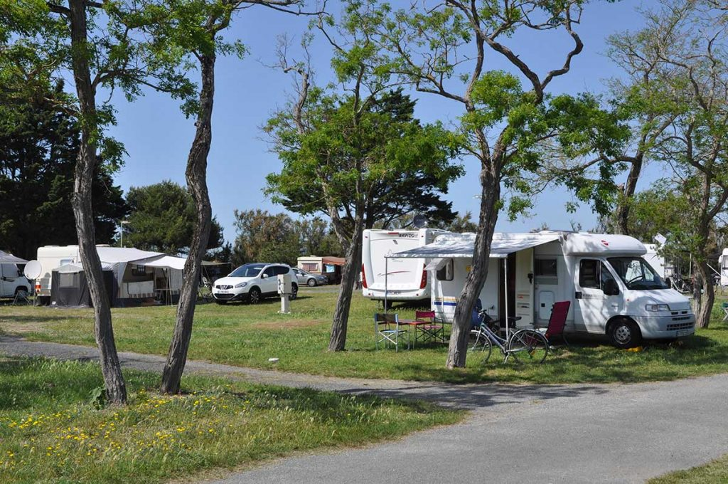 camping municipal de St Denis d'Oléron, caravane, camping-car