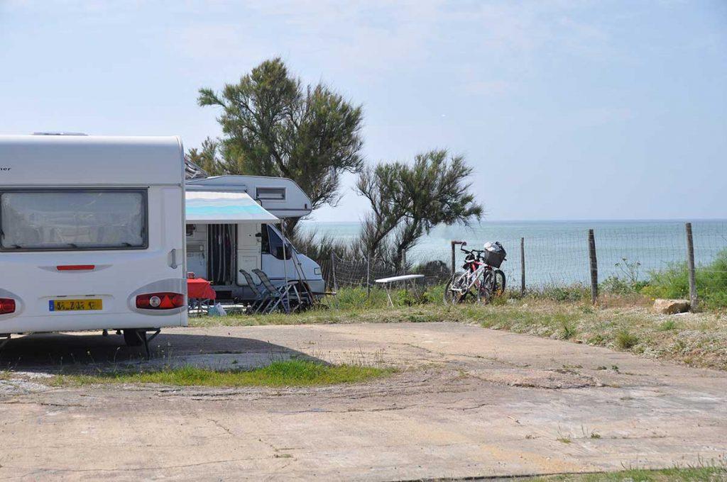 camping municipal de St Denis, île d'Oléron, vue sur mer