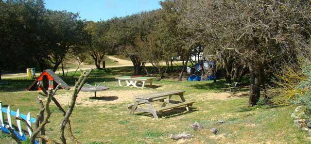Camping municipal St Pierre d'Oléron, aire de jeux