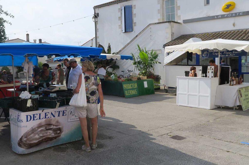 Marché de Dolus d'Oléron, producteurs locaux