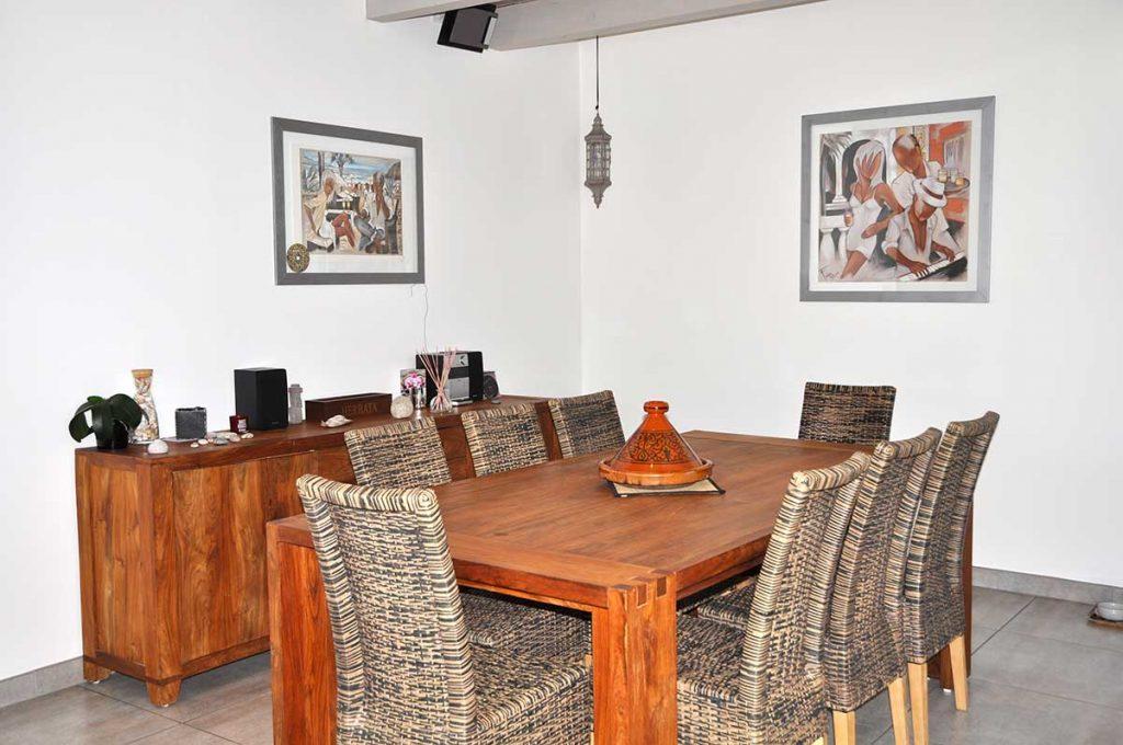 Chambres d'hôtes l'Ileau de Sophie, île d'Oléron, table petit déjeuner