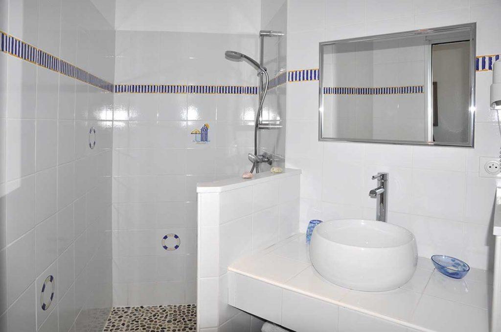 Chambres d'hôtes l'Ileau de Sophie, île d'Oléron, salle d'eau