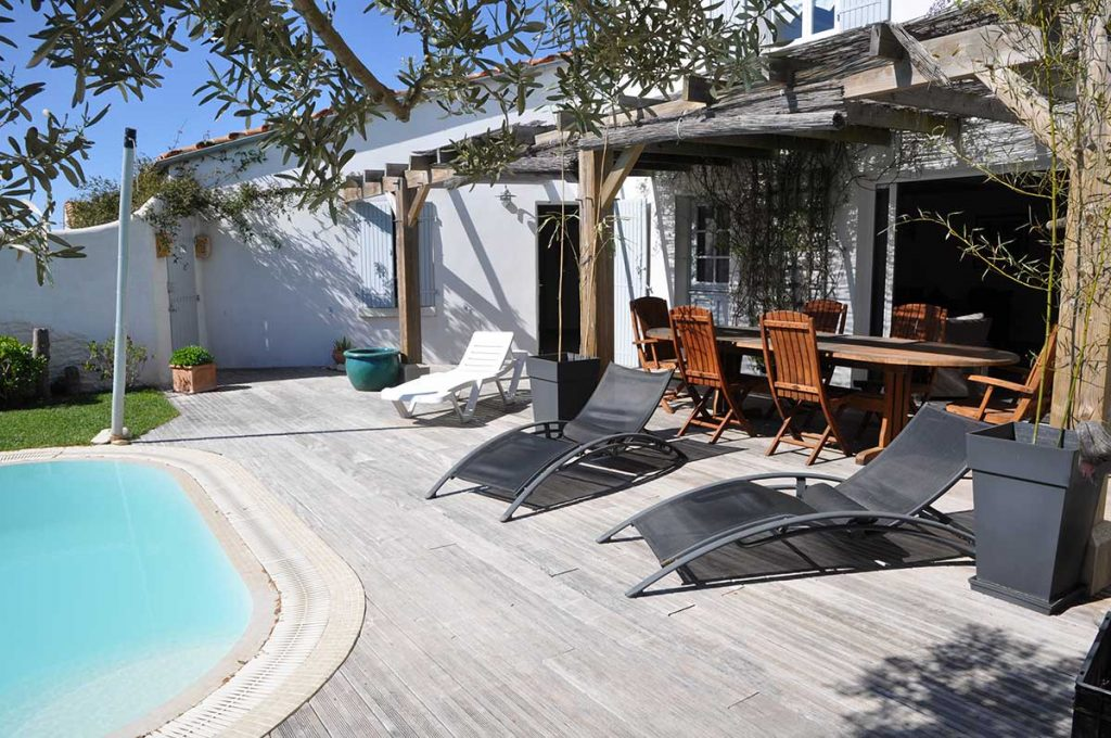Chambres d'hôtes l'Ileau de Sophie, île d'Oléron, terrasse et piscine