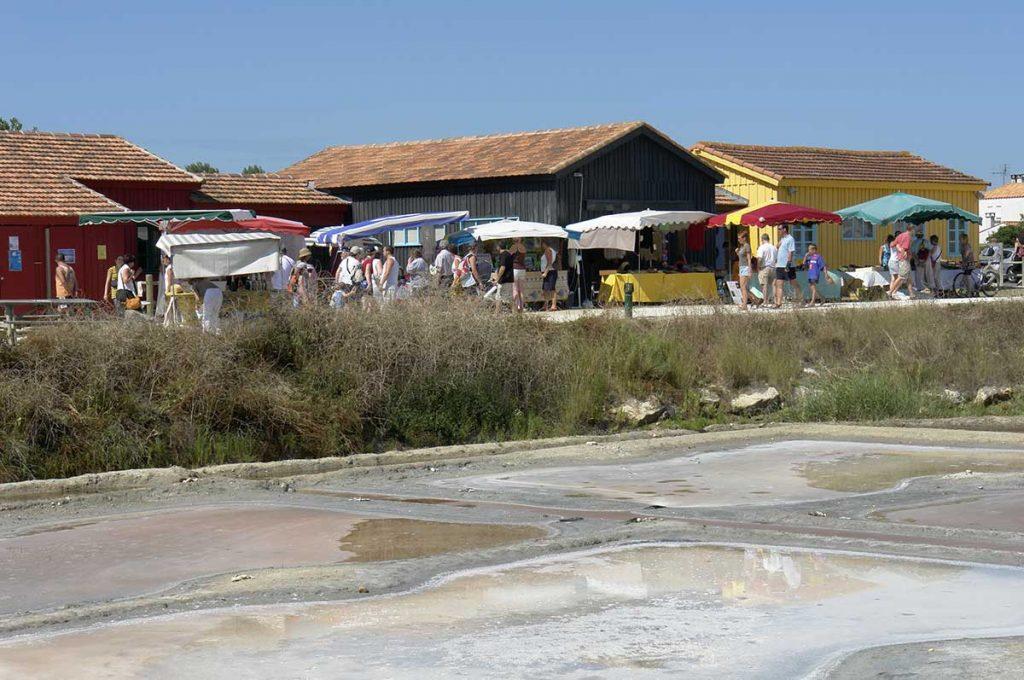 Port des Salines, marché de producteurs et artisans