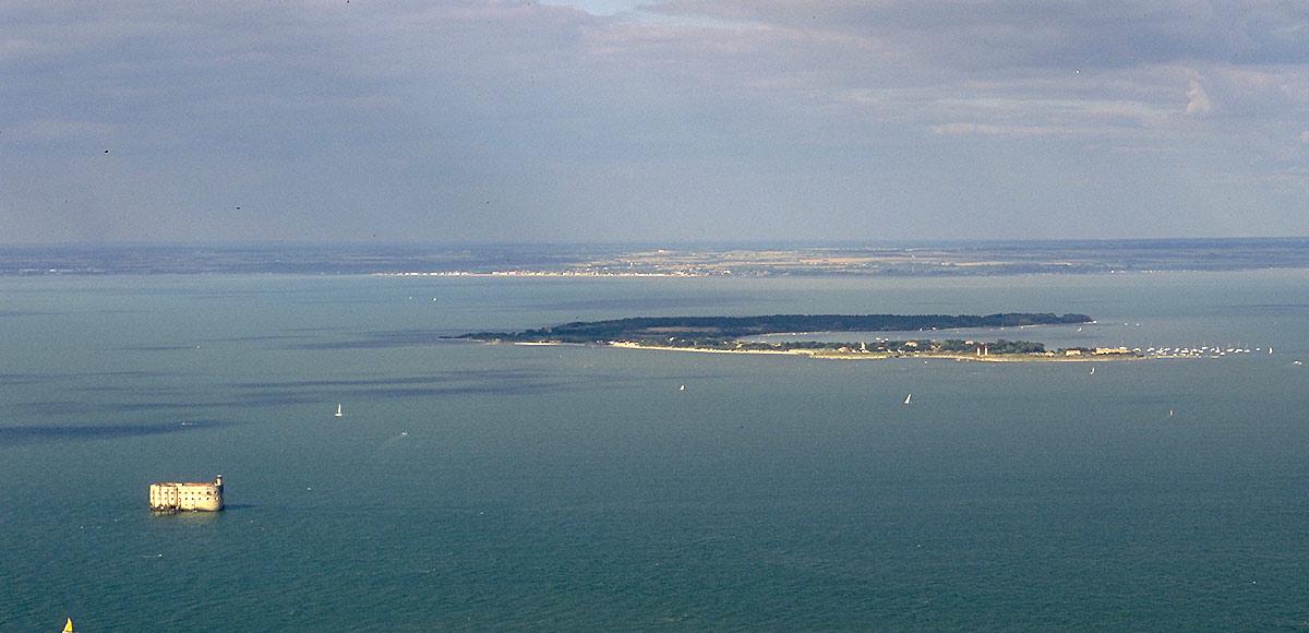 Ile d'Aix et Fort Boyard, vue aérienne
