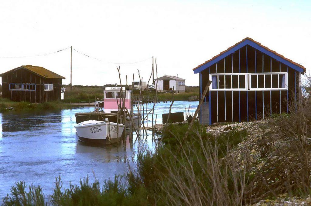 Ostréiculture, chenal d'Arceau, cabane à Jacquot et son ponton