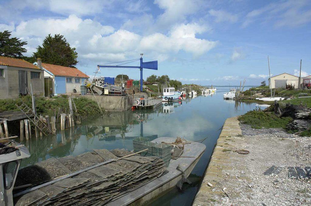 Ostréiculture île d'Oléron, chenal de la Brande