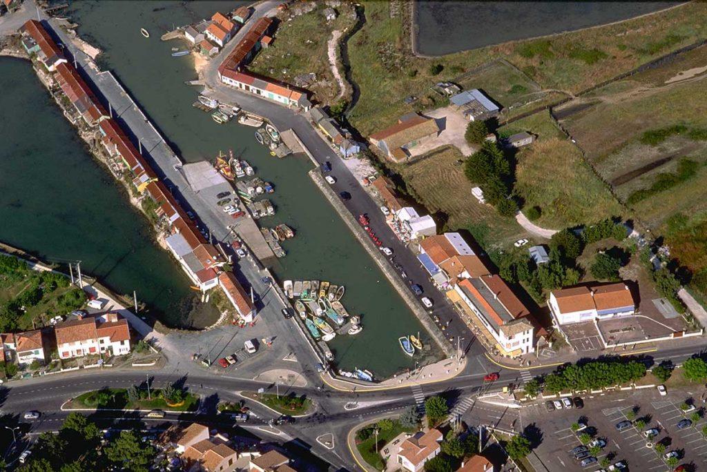 Ostréiculture Marennes-Oléron, port de St Trojan les Bains