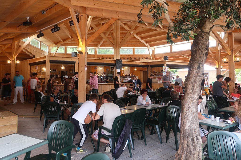 Airotel Mer et Soleil île d'Oléron, services, bar, restaurant