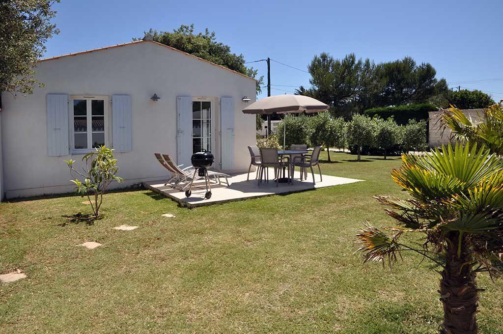 Location Hervé, les Mimosas, jardin et terrasse