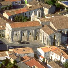 Eglise de St Georges d'Oléron. Remplacer Louise (la cloche).