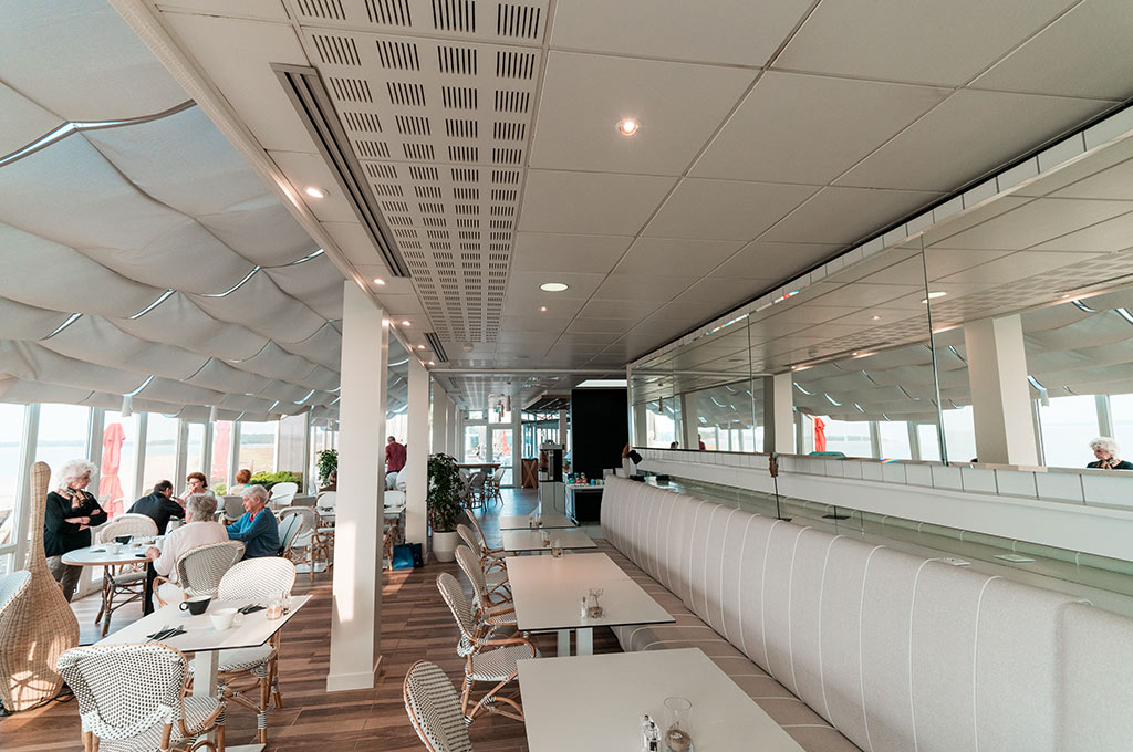 Novotel île d'Oléron, bar & deck