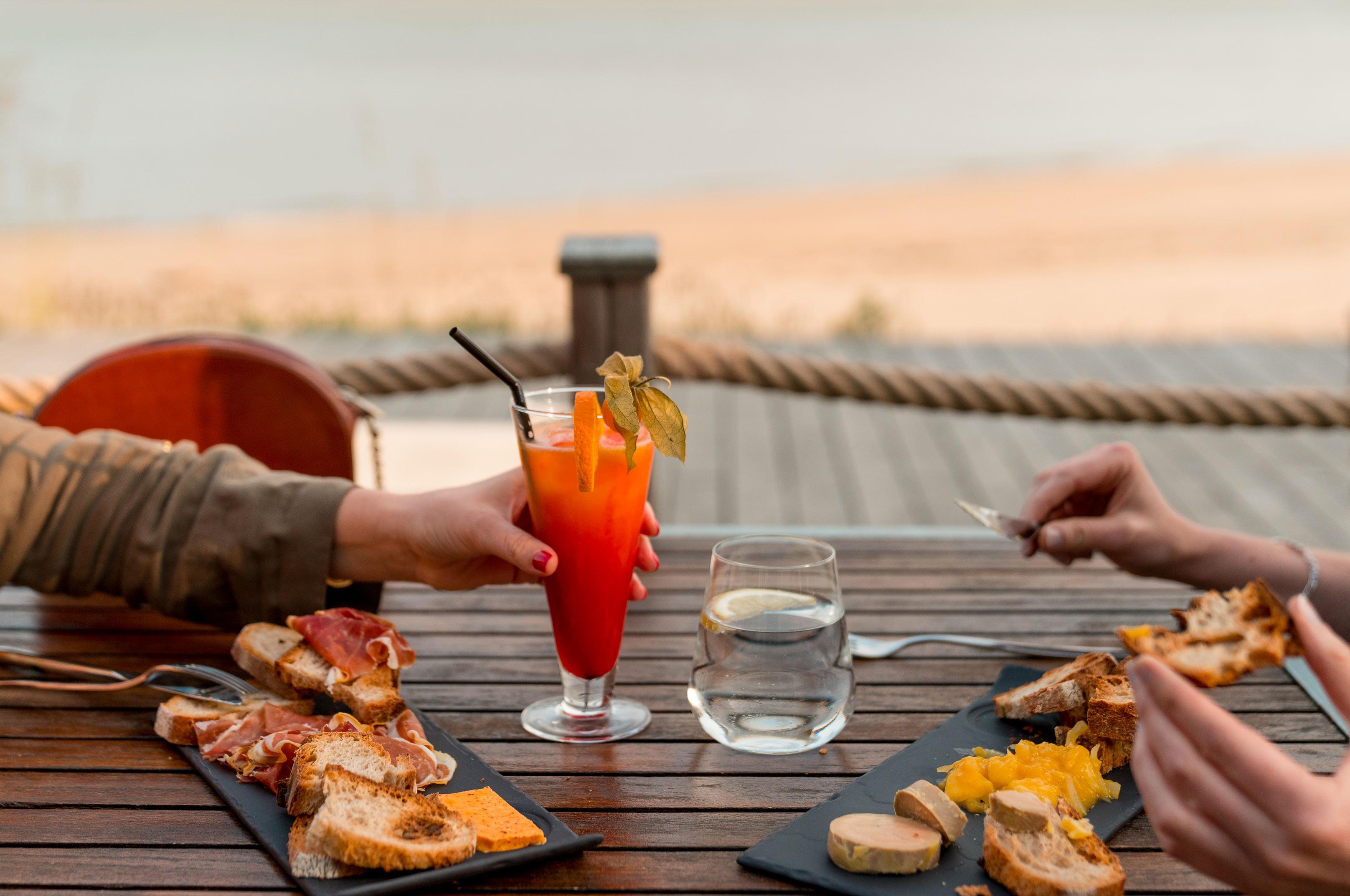 Novotel île d'Oléron, planche et cocktail