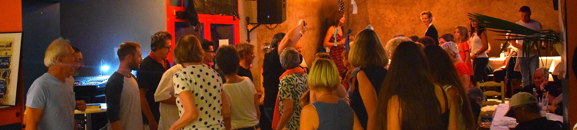 La Bigaille. Bar associatif et culturel. Marennes
