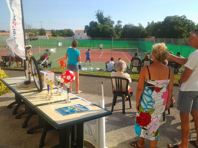 Club de tennis à Saint-Pierre d'Oléron