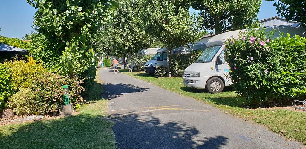 Camping le Maine, emplacement tente, caravane, camping-car