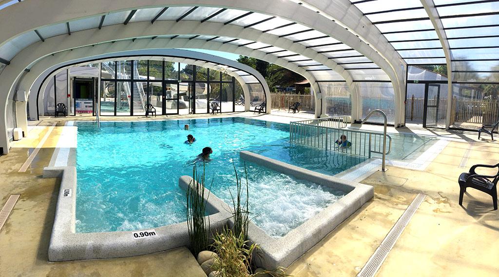 Les Cabanes d'Oléron, piscine couverte